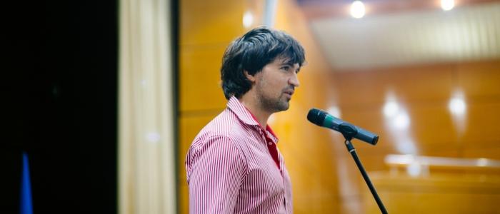 Антон Кузин на церемонии открытия Международного турнира по шашкам Коломна-2016