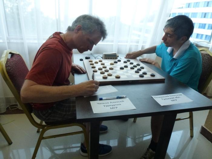 Чемпионат России по стоклеточным шашкам 2016 (лично-командный)