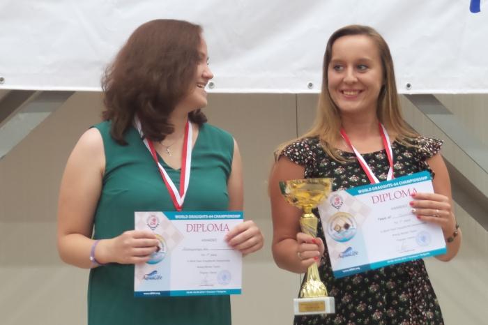 Чемпионаты мира в Болгарии 2016 (64) - женская команда Беларусь