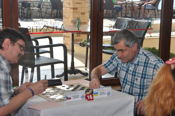 Чемпионат Европы по стоклеточным шашкам 2016 - Василий Иванчук