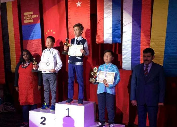 Молодёжный чемпионат мира по стоклеточным шашкам 2016 - Савва Заика (первое место)