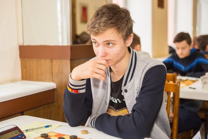 Первенство России по стоклеточным шашкам среди старших возрастов 2017 - Дамир Рысаев