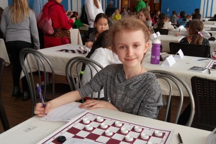 Первенство России по русским шашкам среди младших возрастов 2017 Виктория Захарова