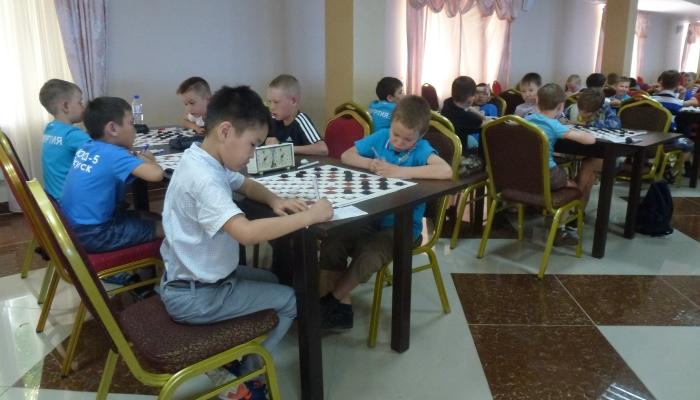 Первенство России (100), Всероссийские детские соревнования (64), финал турнира «Чудо-шашки» (итоги)