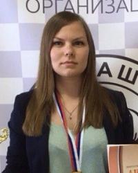 Стоклеточные шашки, чемпионка России 2017 - Ника Леопольдова
