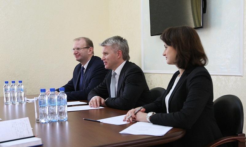 Встреча А.Никитина с П.Колобковым и представителями интеллектуального вида спорта
