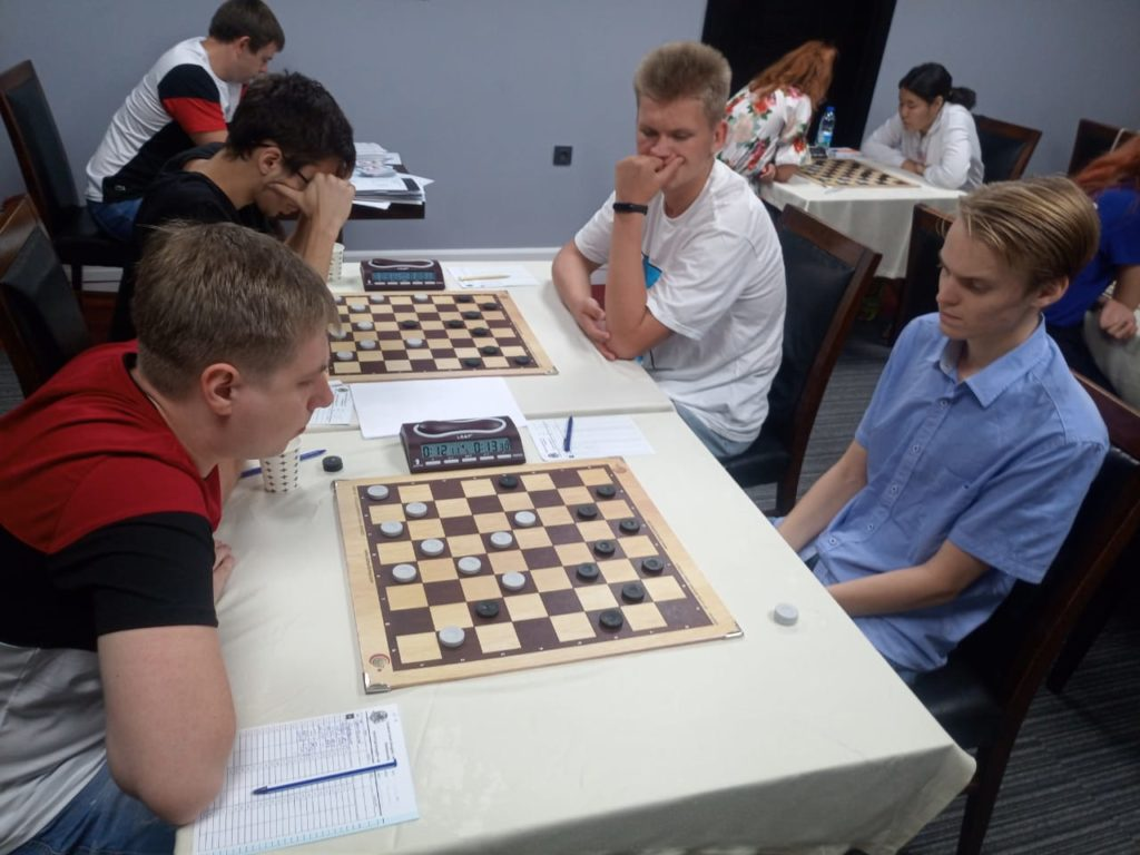 Первенство Мира по шашкам-64 2019