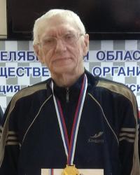 Обратные шашки (поддавки), чемпион России 2018 - Владимир Иванов