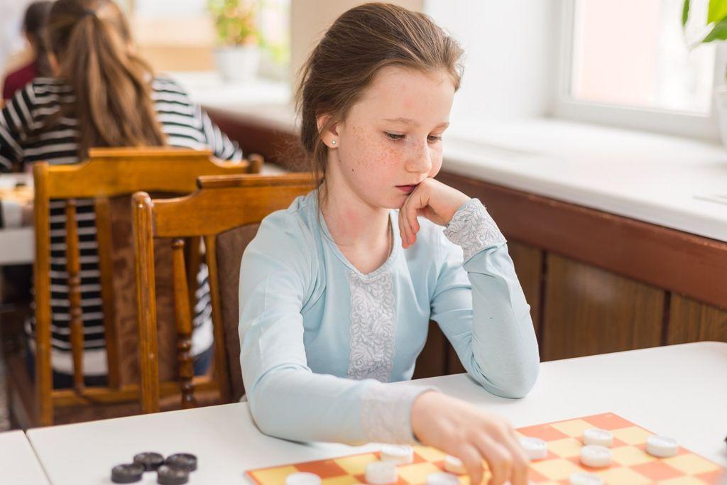 Всероссийский online-турнир по стоклеточным шашкам, посвященный Международному дню защиты детей