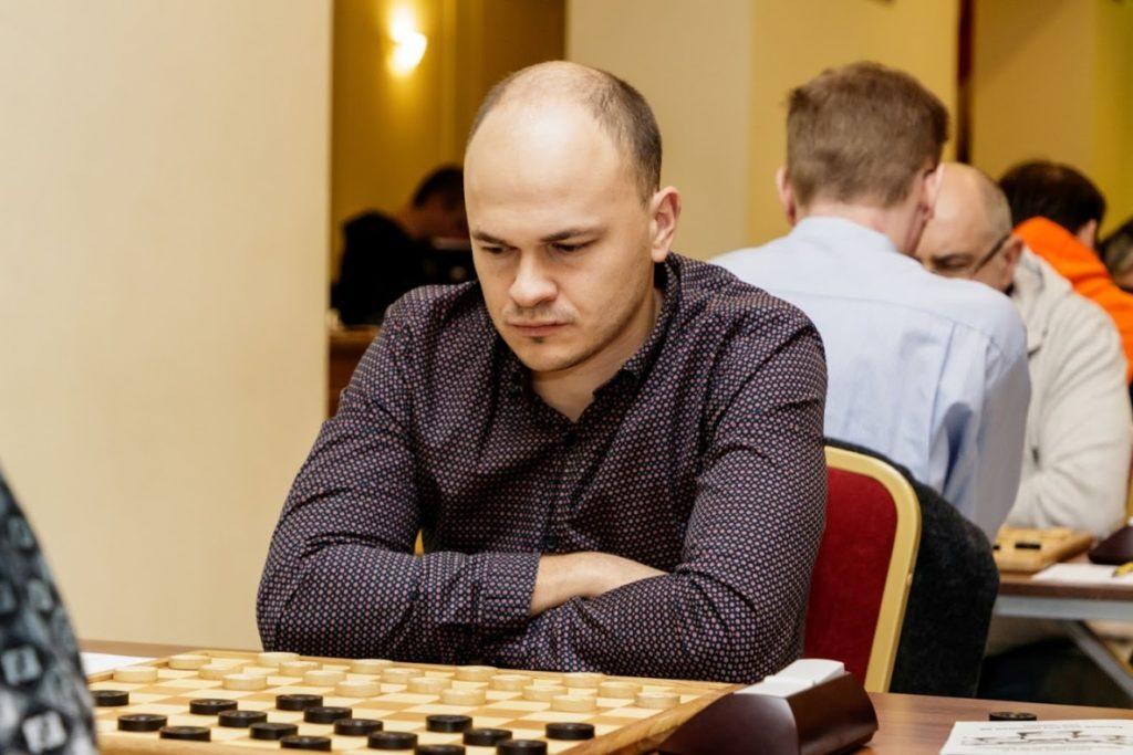 Всероссийский online-турнир по стоклеточным шашкам, посвященный Дню России