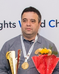 Стоклеточные шашки, чемпион мира 2021 - Александр Шварцман